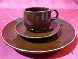 Csoki barna mázas kerámia, arany szegélyes  reggeliző szett.