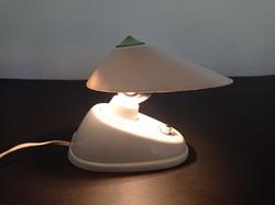 Cseh, Bauhaus stílusú bakelit lámpa