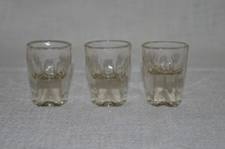 3 db régi vastag falú likőrös pohár  ( DBZ 00132 )