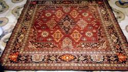 Mokett bársony selyem szőnyeg ,terítő 159 cm* 154 cm