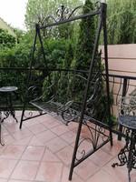 Meseszép kovácsoltvas kerti hintaágy