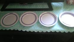 Utasellátós tányérok