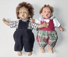 2 db régi retró vintage fiú karakterbaba játék grimasz karakter baba játékbaba grimaszbaba