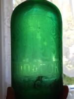Zöld szódásüveg, Budafok