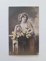 Régi képeslap 1913 női fotó levelezőlap