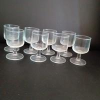 8 db retro likőrös pohár