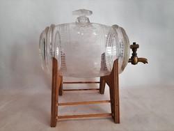Antik metszett üveg pálinkás hordócska réz csappal fa állványon