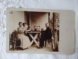 Antik magyar fotólap, úri társaság, családi összejövetel 1907