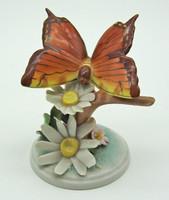 B749 Herendi pillangó virágon 9306 formaszám 1 Ft-ról - a virág 2 szirma lepattanva