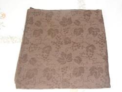 Damaszt barna szüreti abrosz, terítő ( 130 x 126 cm )