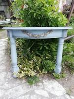 Provence, vintage antik  konzol asztal ,faragott virágokkal