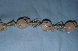 Rózsakvarc  drágaköves   kézműves karkötő - új