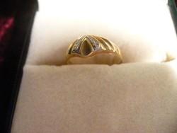 Arany gyűrű markazitokkal