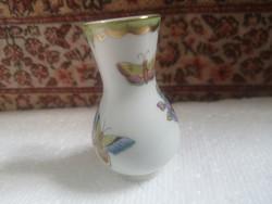 Herendi viktória pillangós váza