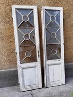Antik kétszárnyas ajtó