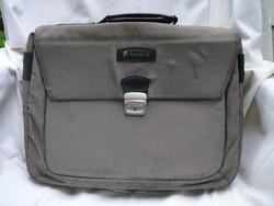 Kapega laptop táska