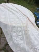 Kézzel horgolt függöny/ágytakaró