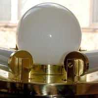 Art deco - Bauhaus 4 égős réz mennyezeti - fali lámpa felújítva - 3 tejüvegcső + gömb búra