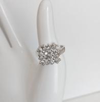 Nagyon szép, ragyogó köves ezüst gyűrű