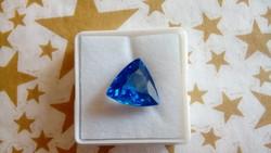 7.80 karátos kék zafír drágakő tanúsítvánnyal