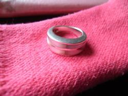 Gyöngyházas vastag ezüst gyűrű