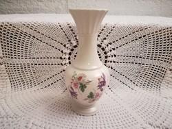 CRE (Ír), váza