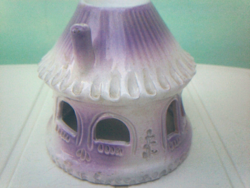 Pale purple candlestick, round cottage