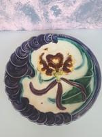 Antik majolika tányérok