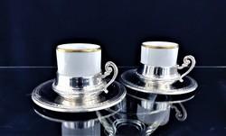 Édes ezüst kávés csészék porcelán pohárral