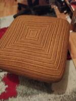 Retró lábzsámoly vagy puff 4 fém görgő velük