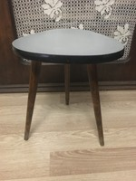Retró kis asztal