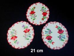 3 db Kalocsai virág mintával kézzel hímzett terítő