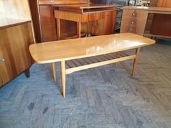 Retro régi magasfényű mid century asztal 137 cm