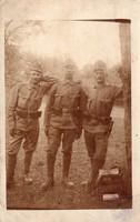 Katona csoportkép, felszerelés, szurony, táska, harmonika