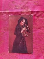 Régi postatiszta képeslap -kislány játékaival