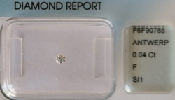 Valódi természetes 0.04 karátos gyémánt IGI Antwerpen tanúsítvánnyal!!!