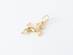 14kt sárga arany ló medál
