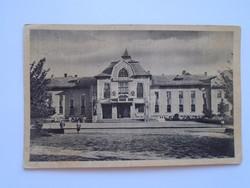 G21.358  Régi képeslap  CSONGRÁD  -Tanácsház 1950's