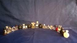 21 darabos mini parfümös üveg csomag - gyűjtemény bővítéshez