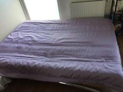 Levendula színű, halványlila selyem, bélelt ágytakaró 180 x 215 cm