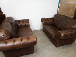 Bőr szegecselt kanapé 2 db