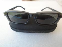 EREDETI Polaroid napszemüveg eredeti  ARMÁNI TOKBAN TOK ÁR ALATT FFI