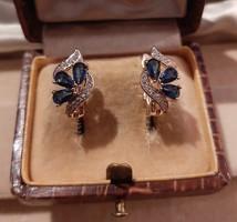 Kék köves aranyozott virágos fülbevaló francia zárral