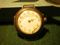 Lechner órásmester egyedi órája az 1900-asévekből