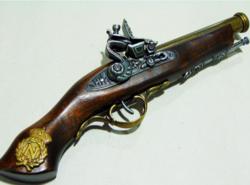 Elöltöltős pisztoly 32×5×10 cm
