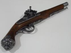 Szépen díszített hadipisztoly 38cm
