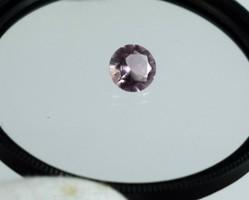 Bomba Ajánlat! Burmai rózsaszín Spinell  ékszerbe foglalható állapotban 1.55Ct tanúsítvánnyal !