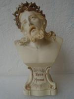 Talán a XIX. sz . ból  származó csodálatosan  megmunkált JÉZUS büszt 16,5 cm