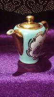 Kuriózum: miniatűr jelenetes porcelán kanna