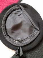 Új, fekete, 63-as barett sapka